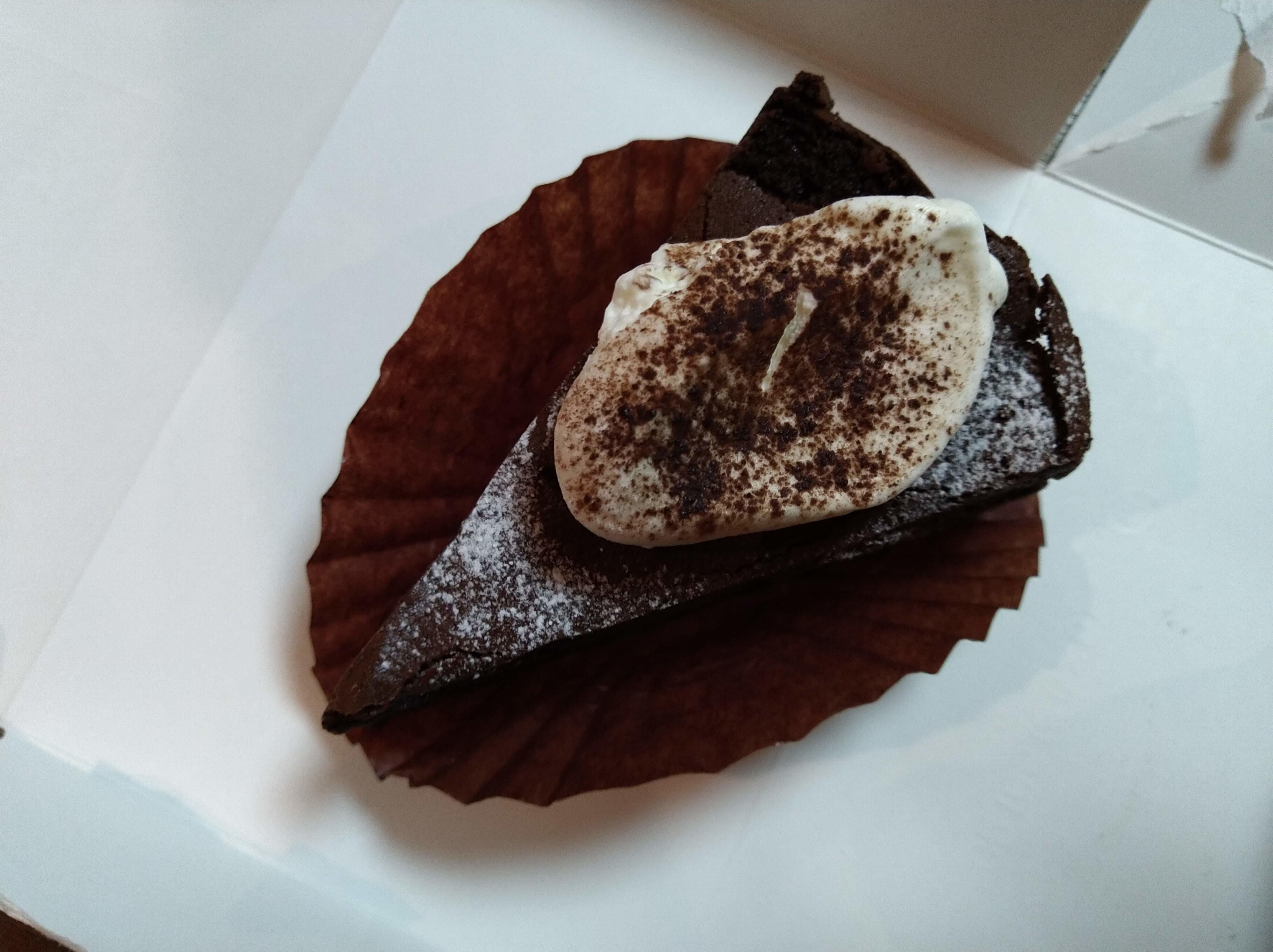 レ・フレール・ムトウ ケーキ